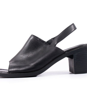 90s Vintage Slingback Sandals Black Leather Chunky Heel Minimalist Goth Shoes Women Size US 6 UK 4 EUR 36/37