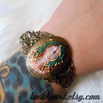 Medusa Gorgon Cameo Ornate Antique Brass Cuff Bracelet Adjustable