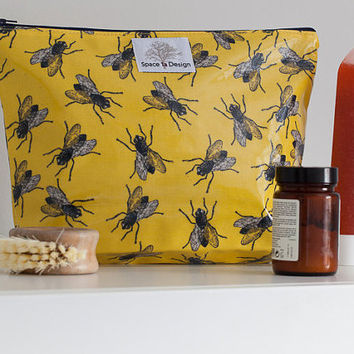 Housefly Toiletry Bag – Space 1a – Wash Bag - Gift for friend - Gift for her – Gift for him – Birthday Gift – Travel – Yellow –  Quirky