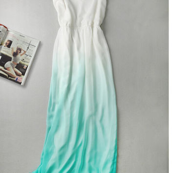 Spaghetti Strap Ombre Chiffon Maxi Dress in Green
