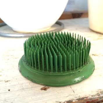 Vintage Green Needle Sharp Flower Frog, Round Pin Flower Frog, Industrial Decor, Farm House Decor, Flower Arranging