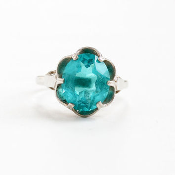 Vintage Vibrant Teal Blue Stone Ring - Sterling Silver Signed Sarah Coventry Adjustable Green Blue Glass Stone Scalloped Flower Jewelry