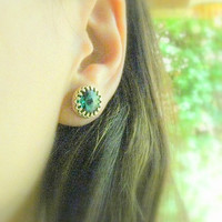 Gold emerald earrings, Emerald studs, Emerald post, faceted emerald gold earrings