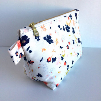 Floral Makeup Bag, Brides Bag, Bridesmaid Bag, Floral Cosmetic Bag, Bridal Shower Gift, Bridesmaid Gift, Cosmetic Case, Large Makeup Bag