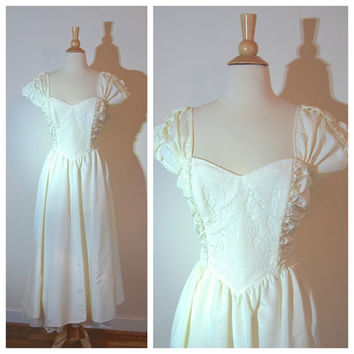 Gunne Sax Gown Wedding Princess Dress Capped Sleeves Lovely Lace Sequin Crinoline Detail Size 6