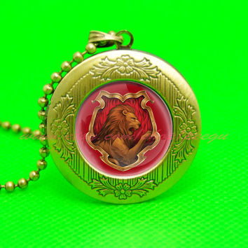 harry potter godric gryffindor golden lion pendant locket necklace,house of hogwarts school of witchcraft and wizardry locket
