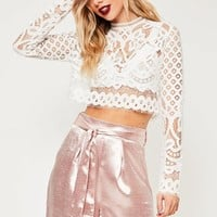 Missguided - White Patterned Lace Crop Top