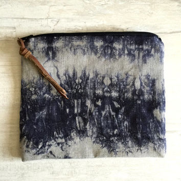 Indigo Zipper Pouch,Shibori Batik Zipper Pouch,Indigo Cosmetic Bag,Hand dyed bag,İndigo zipper pouch,Blue Linen Clutch,Boho zip bag