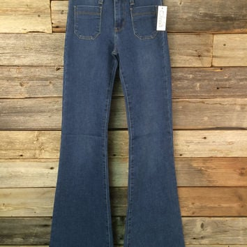 PATCH POCKET FLARE JEAN - BLUE