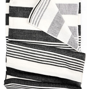 Classic Stripe Throw