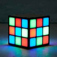 Flashing Lights Wireless Cube Speaker