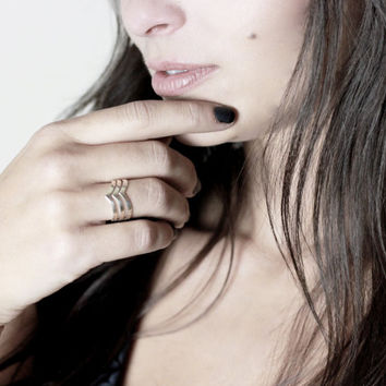 "Courtney Triple Chevron Wishbone ""V"" Ring // Sterling Silver (925) // Blackbird Luxe Collection // {R005-SS}"