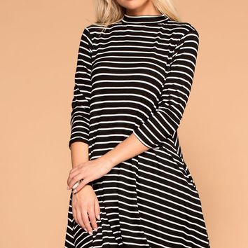 Jillian Black Striped Shift Pocket Dress