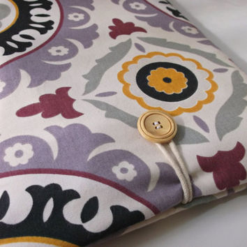 Macbook Pro or Air 13 Case, 13.3 inch Laptop Bag, Mac Book Sleeve, Padded Protection Cover, Lavendar Purple iKat Suzani Medallion Damask Sac