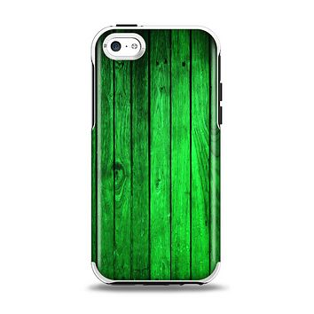 The Bright Green Highlighted Wood Apple iPhone 5c Otterbox Symmetry Case Skin Set