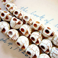 20 Ivory skull beads howlite gemstone diy jewelry making 10mm 12mm day of dead