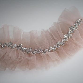 One Blush Pink Wedding Garter / Pink Toss Garter / Blush Tulle Bridal Garter Belt / Rhinestone Chain Wedding Toss Garter / Pink Tulle Garter