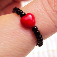Red Heart Ring ~ Stretch Ring ~ Grunge Chic ~ Girly Grunge ~ Bead Ring ~ Grunge Fashion ~ Grunge Style ~ Grunge Jewelry