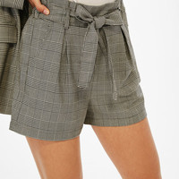 Tailored shorts with bow belt - Shorts - Bershka United States