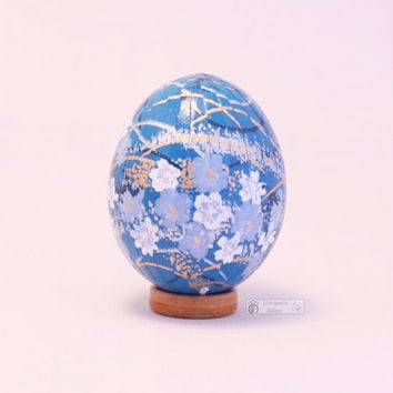 Sky blue and gold collectible easter egg, decorated egg, Japanese washi egg, oriental décor, Chiyogami decoupage, floral, blossoms