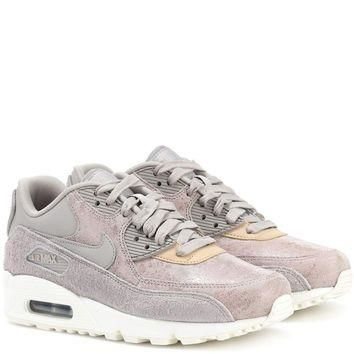 Nike Air Max 90 leather sneakers