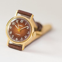 Minimalist ladies wristwatch gold plated Dawn gift. Vintage women watch brown face. Round watch for women small. Luxury leather strap new
