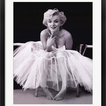 Marilyn Monroe - Ballerina by Milton Greene