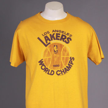 Vintage 80s LA LAKERS T-SHIRT / 1980s World Champs Soft Thin Tee L