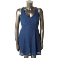 Marilyn Monroe Womens Textured Sleeveless Casual Dress