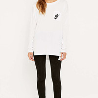 Nike Signal Long Sleeve White T-shirt - Urban Outfitters