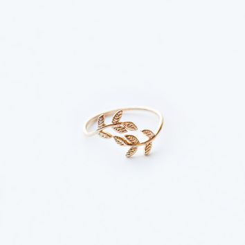 Athena Gold Leaf Ring