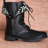 Qupid Romp And Stomp  Wyatte-19 Printed Flap Fold Down Combat Boots - Black