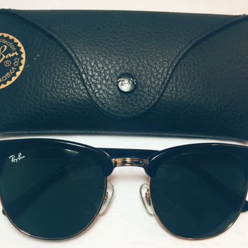 Vintage Ray Ban Clubmaster Gloss Sunglasses 3016 Bright Black Gold