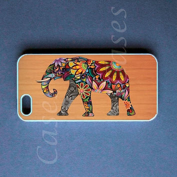 Iphone 5 Case -  Elephant on Wood Iphone 5 Cover