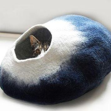 Cat Bed Cave Cocoon And Ball