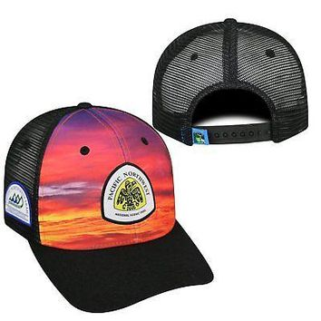 Licensed Pacific Northwest Trail Association Adjustable Skyline Hat Cap Mesh Curved Bill KO_19_1