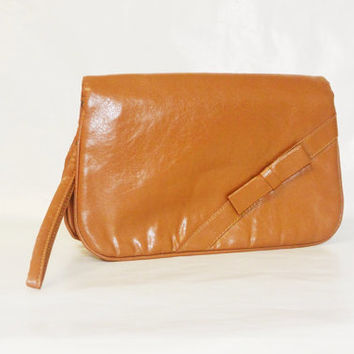 Vintage 80s Toffee Colored Faux Leather Bow Wristlet Handbag by Sassy