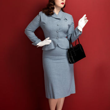 Vintage 1940s/50s Lady Renlyn skirt suit / light blue / lightweight wool gabardine / starburst details / pointed cuffs