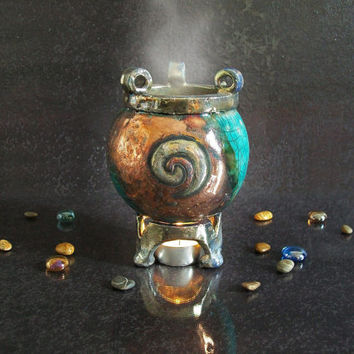 essential oils burner Leaky Cauldron - ceramic aromatherapy diffuser - witchcraft supply - halloween decor