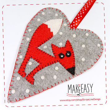 Felt pattern and Tutorial - DIY - Making pattern PDF - Plushie animal Instructions -Fox in Heart - Hanging Ornament -