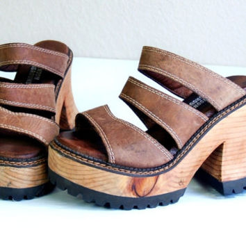 vtg 90s WOOD PLATFORM skyscraper SANDALS strappy brown leather grunge hippie club kids sculptural raver shoes chunky