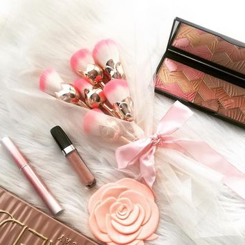 Rose Gloden Flower Shape  Cosmetic Makeup Brushes Set