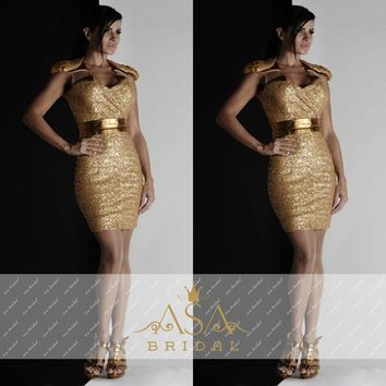 Gold Sequins V Neck Short Cocktail Dresses 2017 Sheath Cap Sleeves Shiny Cocktail Dress robe de cocktail Formal Party Wear