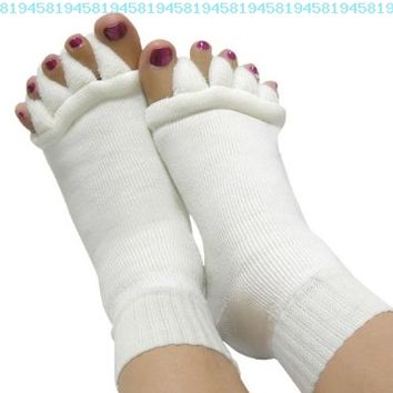 niceEshop 1 Pair (2pcs) Lady Cotton Comfy Toes Foot Alignment Socks/Happy Feet Socks-Off white(Large):Amazon:Health & Personal Care