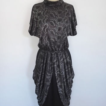 Vintage Dress / Black & Pewter Gray Poppy Floral Print / New Wave 1980s 80s / Size Medium Large 12 M L