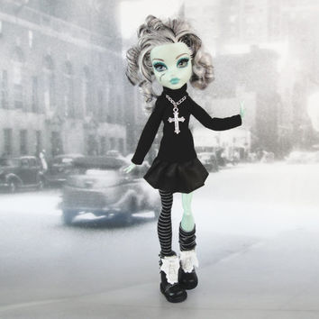 Monster High doll clothes outfit black sweater with a cross necklace , pleated skirt and  legwarmers