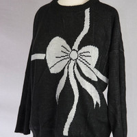 Cyber Monday Sale** Vintage 80s Bow Sweater Black & White Slouchy Holiday