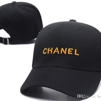 2019 Brand designer hats English Letter Embroidery Outdoor baseball cap in spring and summer Sun cap Sport Hip Hop Luxury Caps For men wome
