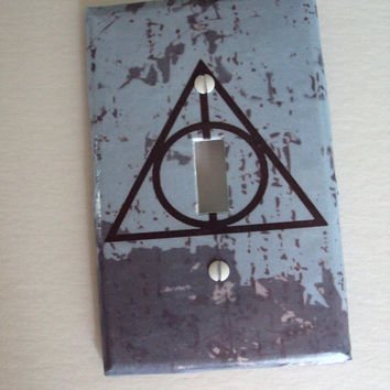 Symbol Deathly Hallows Light Switch Cover