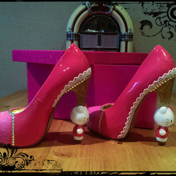 Hello Kitty Shoes/ Heels/ Killer Heels/ Schuh/ Irregular Choice Inspired, Kawaii